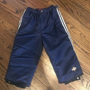 Boys Size Small (2-3 years) Snowpants